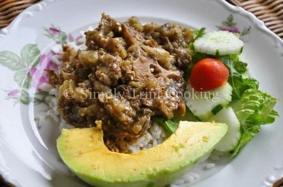 stew oxtail and melongene